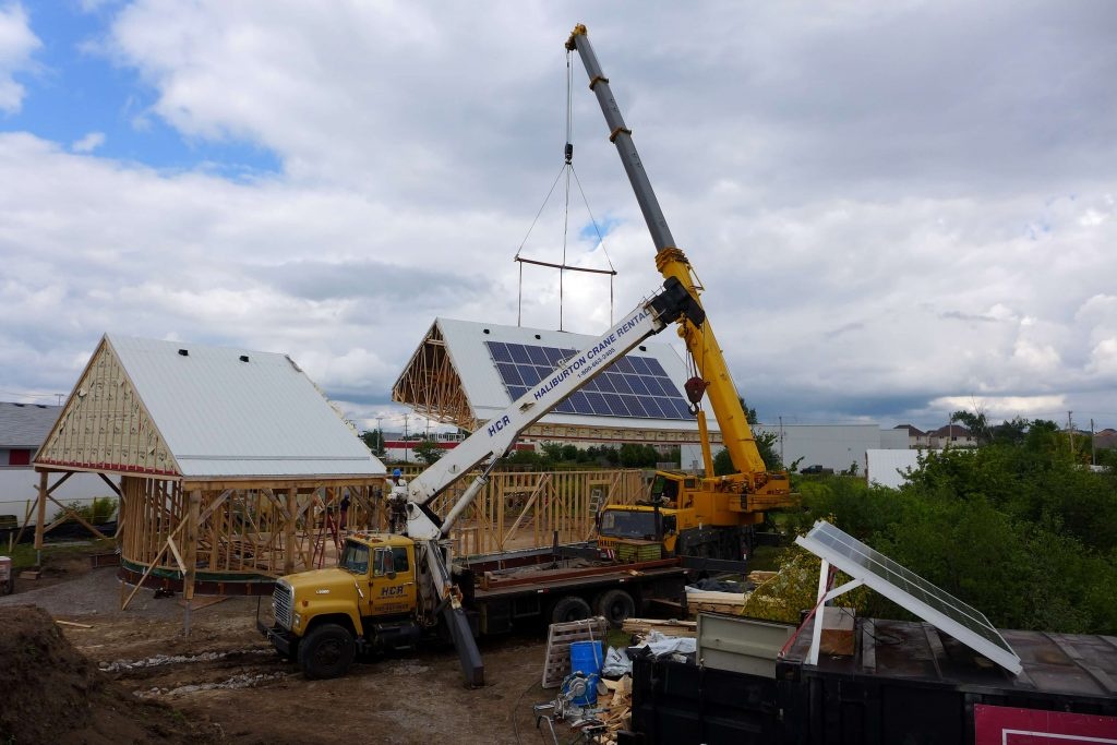 Craning a roof section
