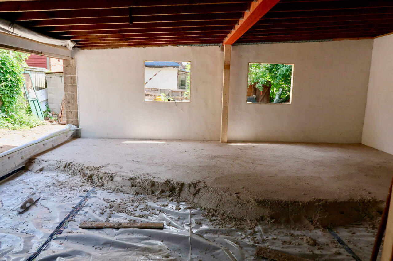 picture of insulating a floor